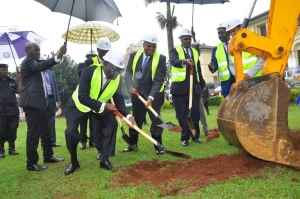 Judiciary top officials at the ground breaking ceremony on 29th November 2019 (PHOTO: Judiciary)