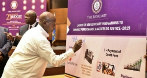 H.E President Yoweri Museveni launching several Judiciary innovations at the 21st Annual Judges Conference on 28th January 2019 at Serena Kampala Hotel (PHOTO: Judiciary)